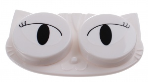 TOM lens case white cat